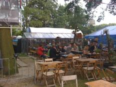 food at parade - de aalmoes
